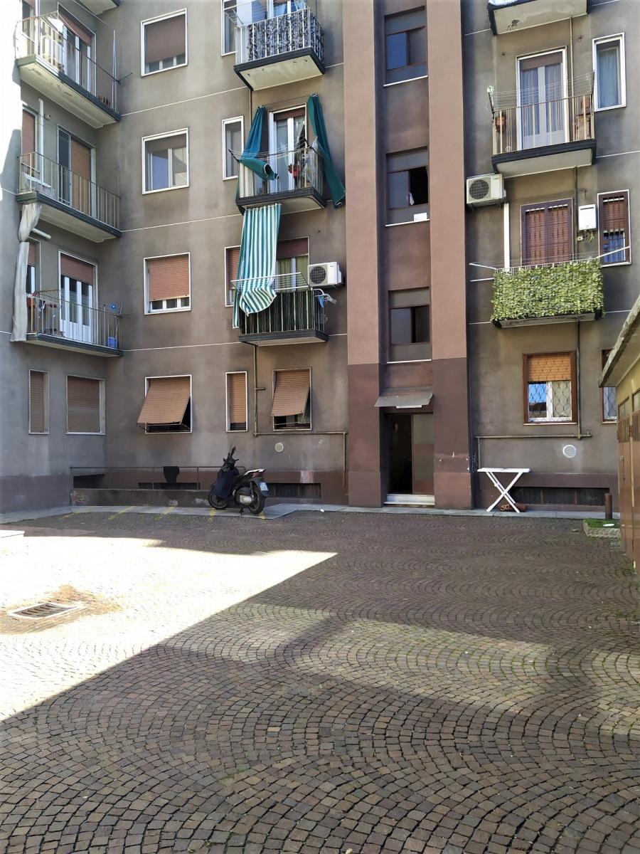 appartamento-bilocale-in-vendita-a-corsico-spaziourbano-immobiliare-vende-23
