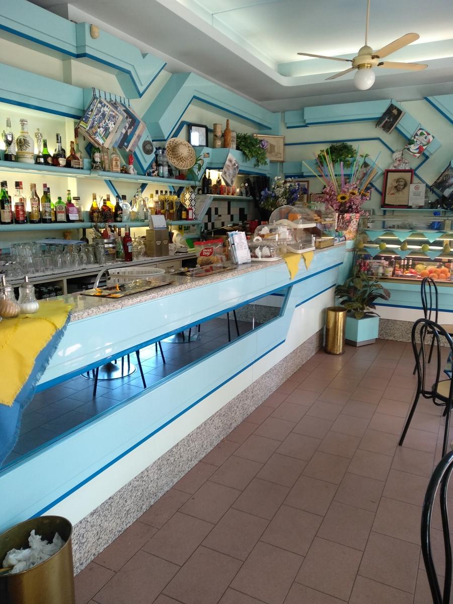 cedesi-attività-bar-piazza-bolivar-milano-spaziourbano-immobiliare-commerciale-13