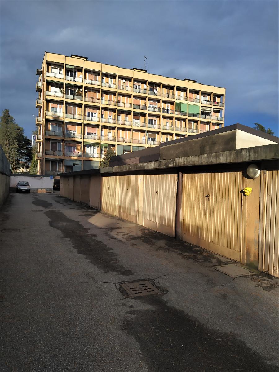 due-locali-piu-box-magenta-investimento-immobiliare-spaziourbano-immobiliare-dove-trovi-casa-11