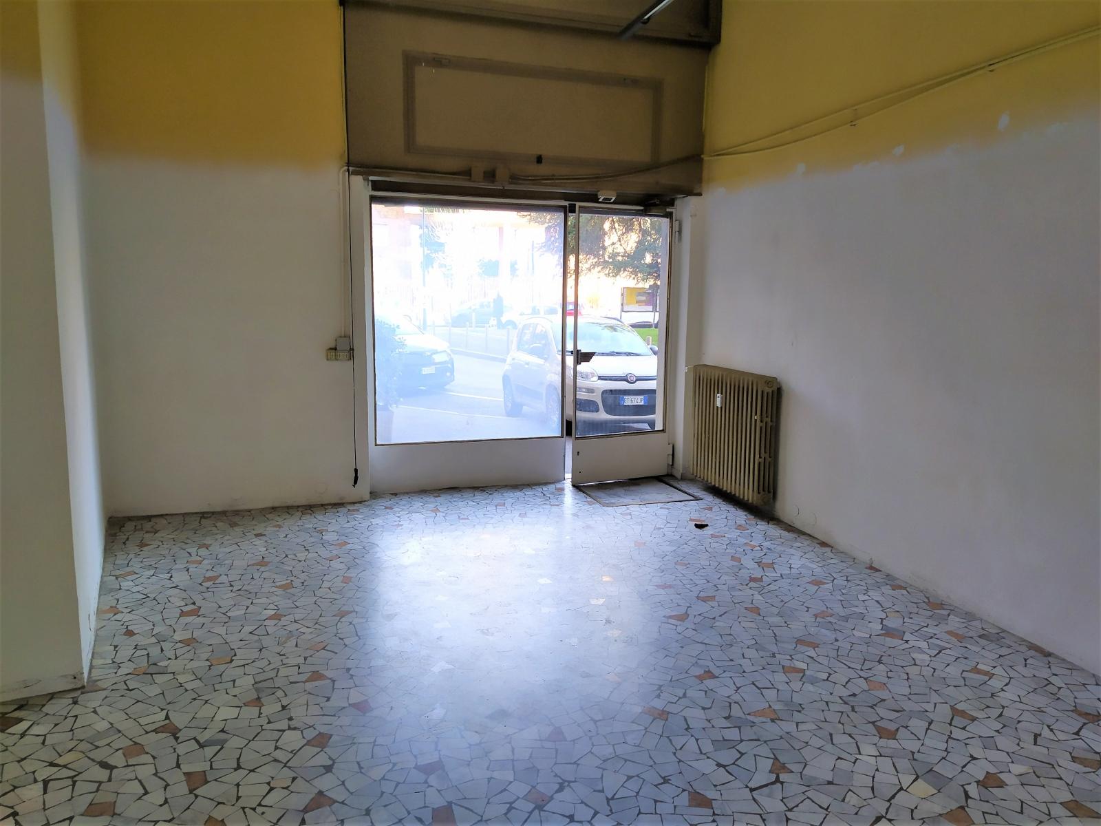 negozio-ufficio-in-affitto-via-cabella-baggio-milano-spaziourbano-immobiliare-dove-trovi-casa-commerciale-11
