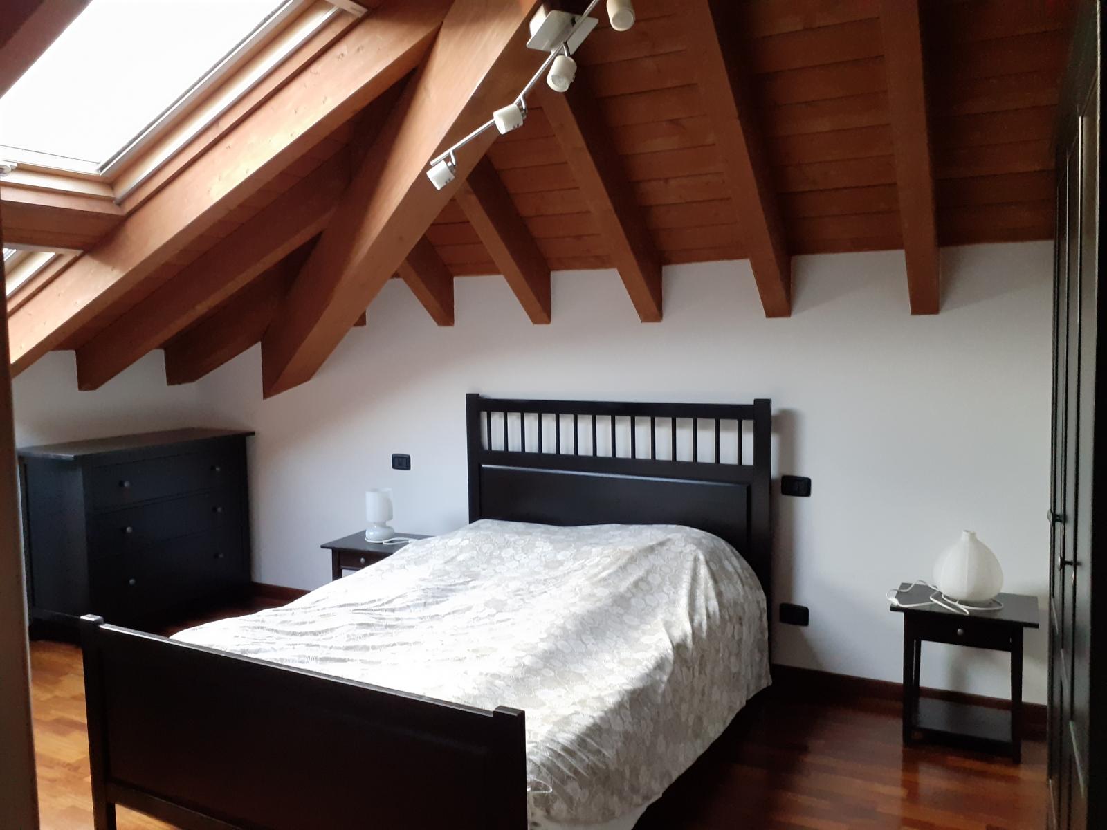 appartamento-in-vendita-a-rho-mansarda-2-3-locali-spaziourbano-immobiliere-vende-2