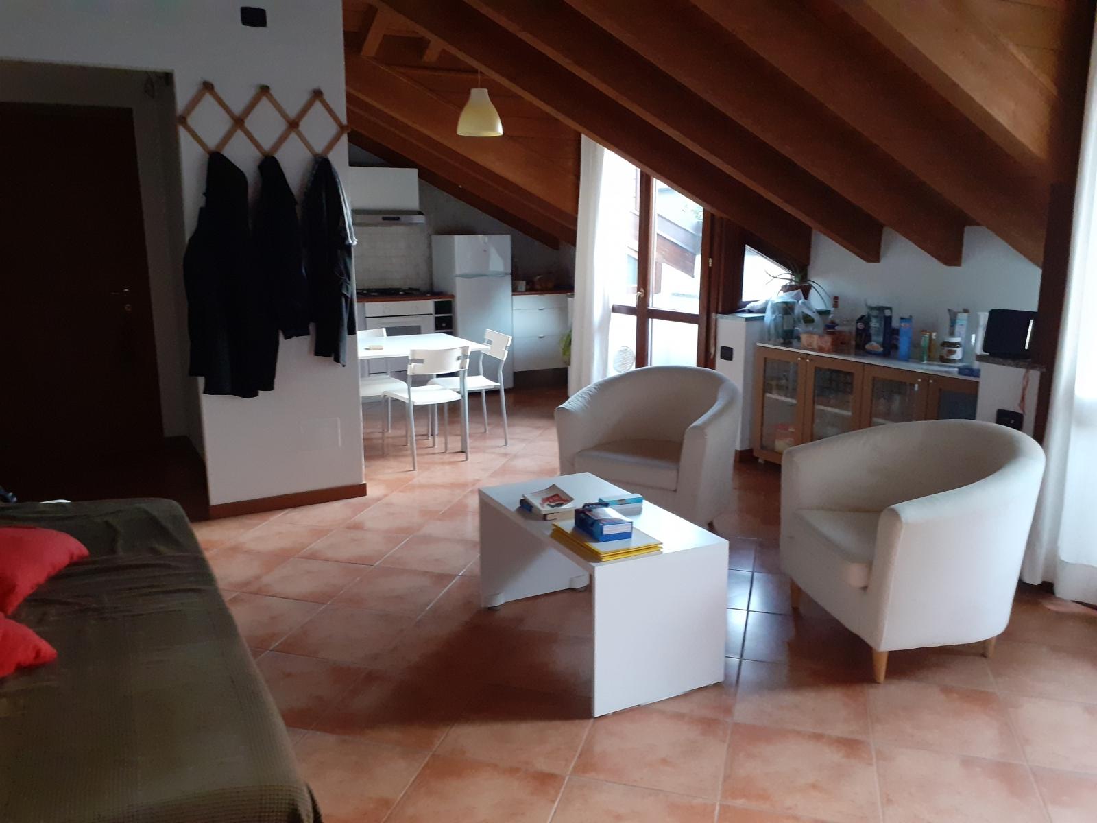 appartamento-in-vendita-a-rho-mansarda-2-3-locali-spaziourbano-immobiliere-vende-8