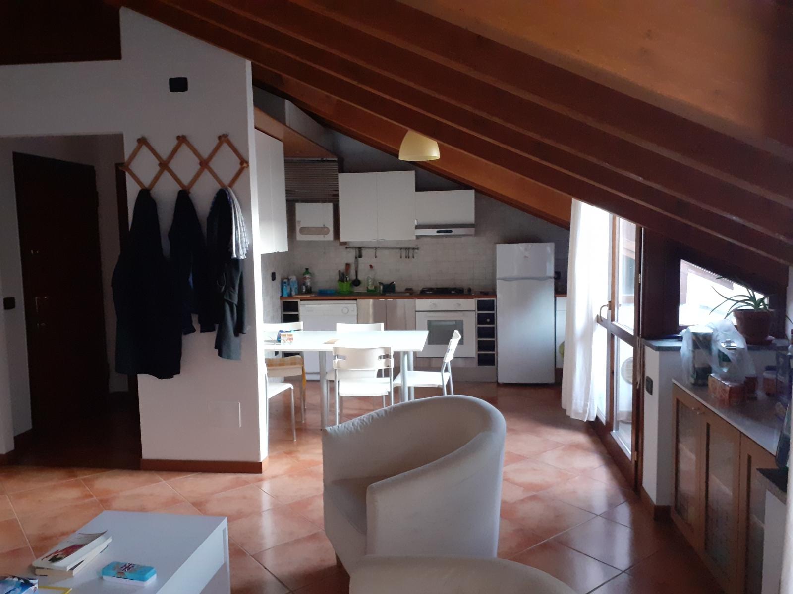 appartamento-in-vendita-a-rho-mansarda-2-3-locali-spaziourbano-immobiliere-vende-9