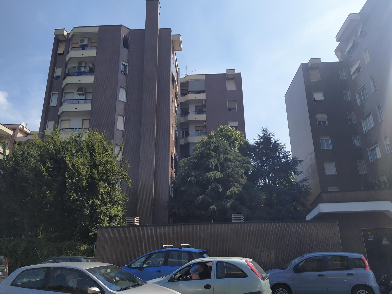 milano-tre-locali-via-val-dintelvi-con-box-casa-in-vendita-spaziourbanoimmobiliare-dove-trovi-casa-1