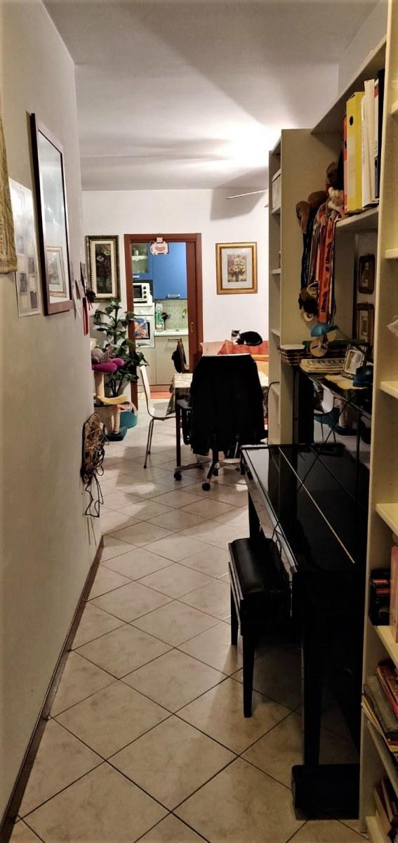 appartamento-in-vendita-a-milano-baggio-3-locali-trilocale-spaziourbano-immobiliare-vende-10