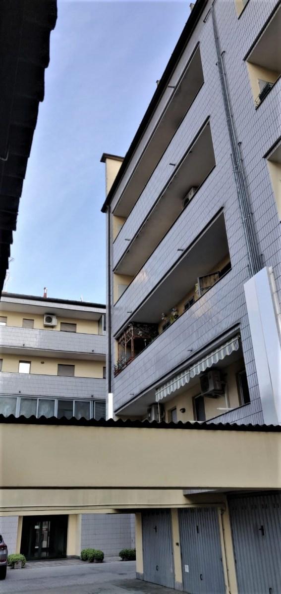 appartamento-in-vendita-a-milano-baggio-3-locali-trilocale-spaziourbano-immobiliare-vende-4