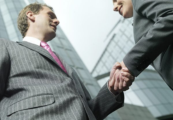 Franchising VS Agenzia Storica