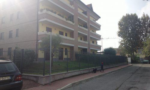 Buccinasco, 3 locali con taverna e giardino privato