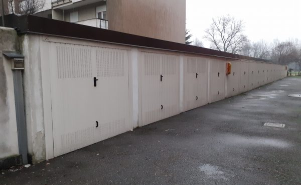 Box in vendita – Baggio, Via Camozzi 25