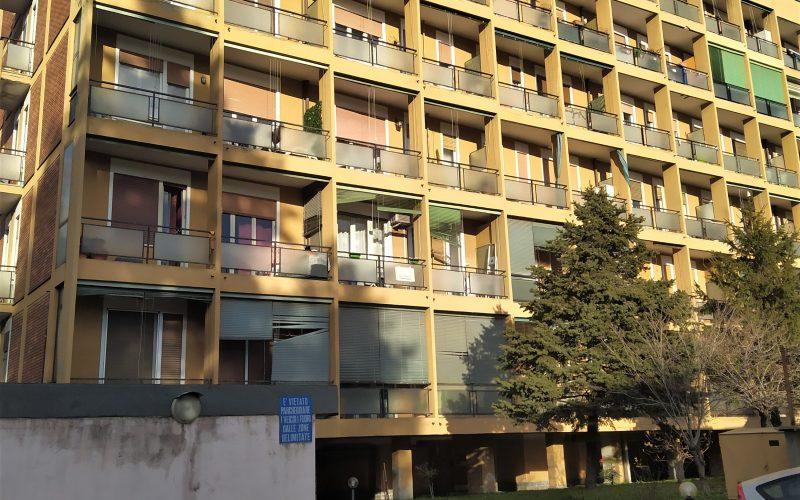2 Locali a Magenta, Via Melzi